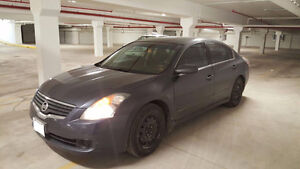 2007 Nissan Altima, new battery and winter tires!