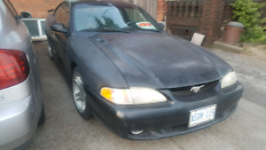 1996 Ford Mustang GT 130k 2500 or best offe also 2003 G35 mismo