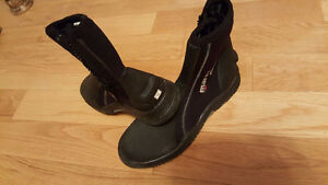 Diving boots Mares size 10