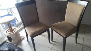 4 chaise en bois/suede