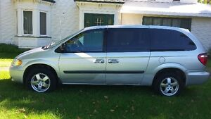 2006 Dodge Grand Caravan SE Minivan