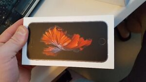 iphone 6S 64GBspace grey brand new in box never used 680$