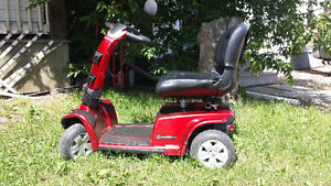 Celebrity Scooter in Excellent condition