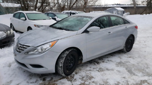 2013 HYUNDAI SONOTA /ONILY 76000KM/LOTS OF WARRANTY!!!