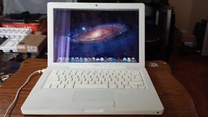 Used Macbook with Intel Core 2 Duo Processor, Webcam and Wireles