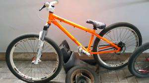 Commencal Custom Dirt Jumper Mountain Bike MTB