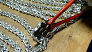 Tractor Chain Pliers for adjusting chain links