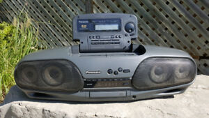 Panasonic RX-DT707 Portable Stereo. 1992.