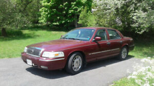2008 Mercury Grand Marquis // LOW MILEAGE // Comfortable Ride