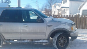 2000 Ford Expedition Silver SUV, Crossover