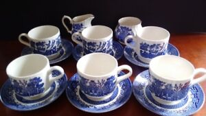 Set of 6 Blue Willow tea cups and Creamer and sugar set