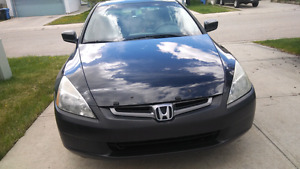 2005 Honda Accord (Well maintained and in great condition)