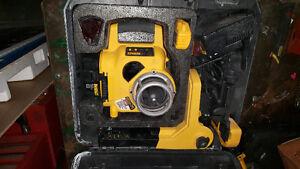 Dewalt rotating laser level
