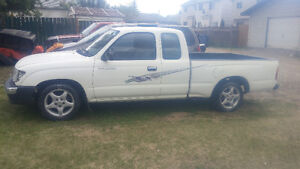 1998 Toyota Tacoma Coupe (2 door)
