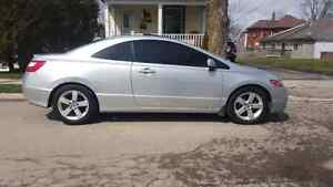 2007 Honda civic coupe (leather) Rare!! trade for 4dr
