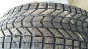 4  roues hiver/ winter  tires 245/65R17 107S