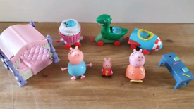 Peppa pig figure toys bundle £5 for all daddy & mummy pig From a pet a