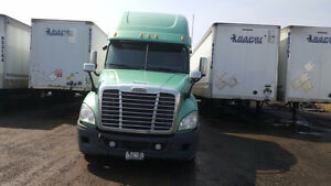 freight liner Cascadia 2012 for sale in BRAMPTON, ONTARIO