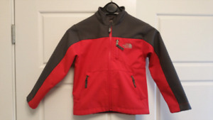 Childrens North Face jacket, size XS (6)