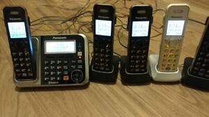 Panasonic Cordless Phone Set (5 handsets) with Bluetooth
