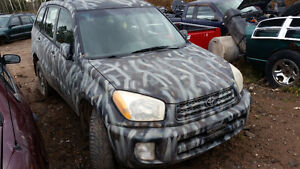 parting out 2004 toyota rav 4