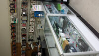 CELLPHONE STORE/ COMPUTER RUNNING BUSINESS FOR SALE !!! JUST PAY