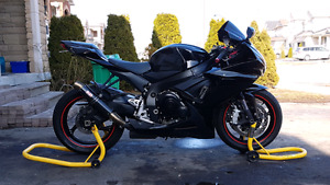 2011 Suzuki GSXR *Cheap-GreatCondition-Black/Red*