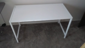 $80 OBO Collapsible white gloss 100% metal desk