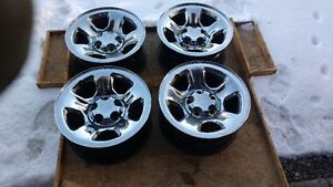 2002 Dodge Ram 1500 Truck Rims 17x8x5.5 with center caps $500