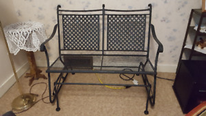 METAL DOUBLE GLIDER PATIO SEAT