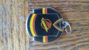 VANCOUVER CANUCK KEYCHAIN London Ontario image 1