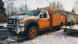 TRADES WELCOME  2010 F550 service truck
