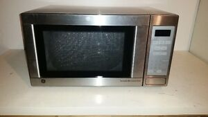 Countertop Dishwasher For Sale Ottawa : FOR SALE - GENERAL ELECTRIC MICROWAVE OVEN
