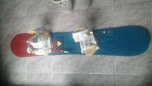 Rossignol Snowboard 146cm + Boots and Bindings - women 9 10