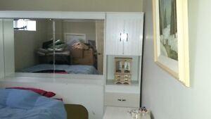 mobilier de chambre avec base de lit ajustable  (5 pieces)