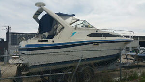 28' Bayliner  power boat  (reduced price)
