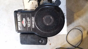 12HP briggs & stratton engine for parts