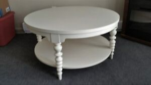 BEAUTIFUL BRAND NEW ROUND OFF WHITE WOOD COFFEE TABLE