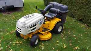 Cub Cadet C155g Riding Mower with Bagger