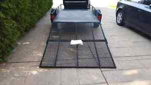 Great Condition 5x10 trailer with heavy duty axle