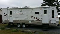 2011 Conquest by Gulf Stream 31 ft. travel trailer with slide ou