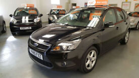 2010 FORD FOCUS 1.6cc ZETEC AUTOMATIC - SERVICE HISTORY - EXCELLENT CONDITION