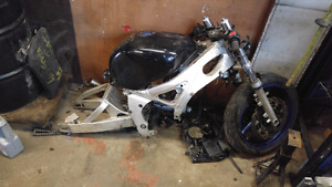 98-02 yamaha r6 parts for sale
