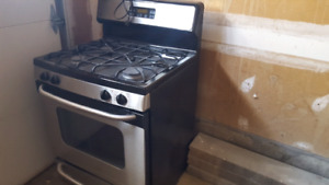 Selling Stove and Oven