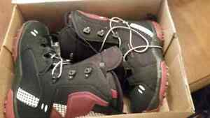 Size 9/41 Salman snowboarding woman's boots