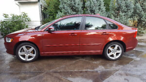 2011 Volvo S40 Sedan in Excellent Condition for Sale $16,000