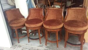 Set Of 4 Beautiful Wood Counter/Height Bar Stools 25'' from seat