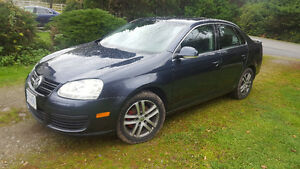 2007 Volkswagen Jetta 2.5 beautiful car tons of extras Must Sell