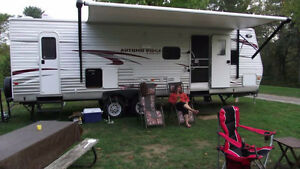 2014 28FT Autumn Ridge by Starcraft Trailer