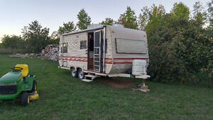 1987 camper trailer with ownership